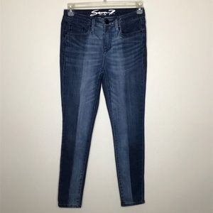 Seven7 Mid Rise Skinny Limited Edition Sz 4